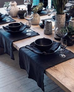 Tisch Steingut It's all about textures ✔️ we are open tomorrow at Thanksgiving Table Settings, Christmas Table Settings, Deco Table, Decoration Table, Dinner Table, House Doctor, Sweet Home, Dining, Home Decor