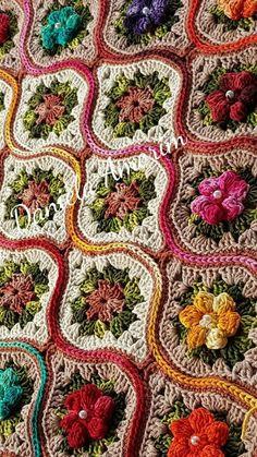 Best Crochet Baby Wrap Simple Ideas Point Granny Au Crochet, Granny Square Crochet Pattern, Afghan Crochet Patterns, Crochet Squares, Crochet Motif, Crochet Designs, Crochet Flowers, Knitting Patterns, Granny Squares