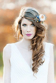 Half crown  22 Flower Crown Creations To Make You Swoon • Page 5 of 6 • BoredBug