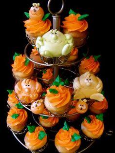 "Wrightberry's custom ""pumpkin"" cupcakes"