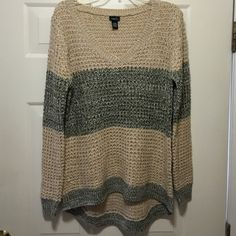 High low long Great with jeggings Soft sweater not too heavy Sweaters V-Necks
