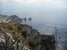 Isola di Capri, Faraglioni, Campania, Italia, Mar Mediterraneo 2016