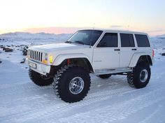 White Jeep in white snow . Jeep Wj, Jeep Wrangler Tj, Jeep Truck, Jeep Cherokee Sport, Jeep Grand Cherokee, Customised Trucks, White Jeep, Badass Jeep, Jeep Mods