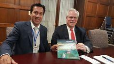 """ARTURO ROJAS EN WASHINGTON: """"MISION DE TRANSPARENCIA ELECTORAL"""" Y GESTIONES COMERCIALES    Rojas en el Departamento de Comercio de los Estados Unidos En la primera reunión de la Misión de Transparencia Electoral en Washington D.C. el Presidente de Puerto Quequen Dr. Arturo Rojas junto a John M. Andersen Subsecretario Adjunto para el Hemisferio Occidental del Departamento de Comercio de los Estados Unidos. Dialogaron sobre la relación bilateral entre Argentina y EE.UU. y el Dr. Rojas explicó…"""