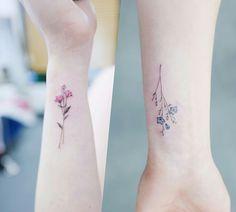 Watercolor tattoo – Watercolor Tattoos Korean Style - - Watercolor tattoo – Watercolor Tattoos Korean Style Best Watercolor Tattoos einzigartiges Aquarell-Tattoo – Aquarell-Tattoos im koreanischen Stil Aster Flower Tattoos, Flower Wrist Tattoos, Small Flower Tattoos, Small Tattoos, Aster Tattoo, Gladiolus Tattoo, Butterfly Tattoos, Mini Tattoos, Little Tattoos