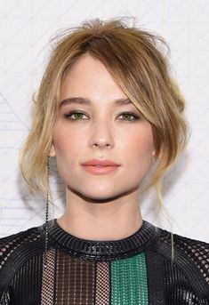 Haley Bennett at the Louis Vuitton Monogram Celebration. Hair by Rebekah Forecast. Makeup by Hung Vanngo. Short Hairstyles For Women, Cute Hairstyles, Hayley Bennett, Afro, Pretty Eyes, Beautiful Eyes, Beautiful People, Grow Out, Dream Hair