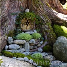 We mostly watch the beautiful fairy gardens in the movies and TV Shows. Many people consider that fairy gardens can only be seen on fiction stories. Nowadays, it is possible to create fairy gardens according to all of your requirements. Fairy Garden Houses, Gnome Garden, Garden Art, Garden Design, Home And Garden, Fairy Gardens, Hobbit Garden, Fairy Tree Houses, Tree Hut