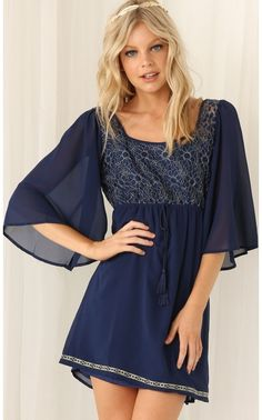 Day dresses > Blue Embroidered Shift Dress