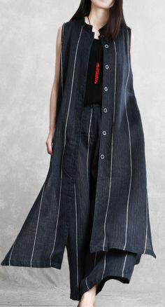 fashion black striped sleeveless top and long wide leg pants Pakistani Fashion Casual, Boho Fashion, Fashion Dresses, Vintage Fashion, Fashion Black, Fashion Top, Kurta Designs Women, Blouse Designs, Stylish Dresses