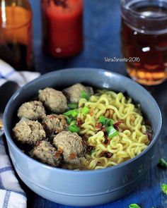 Indonesian Cuisine, Chow Mein, Food Cravings, Food Pictures, Asian Recipes, Food Photography, Menu, Food And Drink, Cooking Recipes
