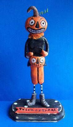deceiving grin Halloween pumpkin man