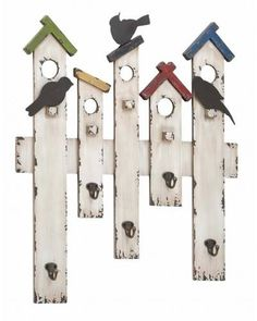 Traditional Wood Metal Wall Hook with Bird House Design - Here is an interesting way to spruce up your kitchen or living room decor while also being able to track you keys or coats. This Traditional Wood Metal Wall Hook with Bird House Design set comes in an interesting multicolored design that instantly uplifts the mood in your kitchen. With a design replicating man-made bird houses and chirping birds, this wall hook set looks splendid.