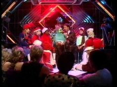 Keith Harris and Orville - Orville's Song. Top Of The Pops 1982 - YouTube. Keith died today, 28th April 2015 (only 67). I feel very sad. I grew up with Orville