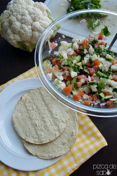 Ceviche de coliflor saludable y vegetariano www.pizcasaabor.com - otra version con pepino de la india, carambola, cilantro y parcha