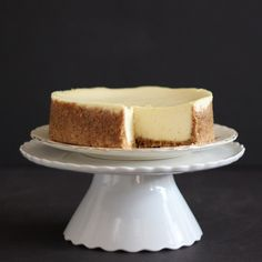 Cheesecake made in a slow cooker. So creamy! Amazingly good!