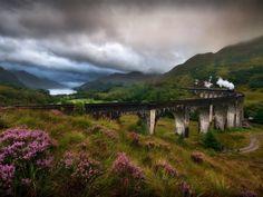 Britain by train - top 10 UK rail journeys Beautiful Castles, Beautiful Places, Wonderful Places, By Train, Iceland Waterfalls, Germany Castles, Fairytale Castle, Scotland Travel, Scotland Nature