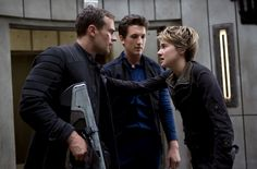 Four, Tris & Peter (AKA Miles Teller from That Awkward Moment & 21 and Over!)