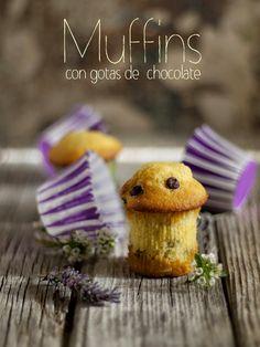 Bocados dulces y salados: Muffins con gotas de chocolate