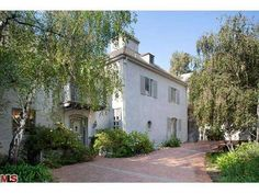 Home @ 1375 N Doheny Drive with 5 bedrooms and 6.0 bathrooms for $5,800,000