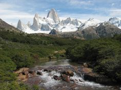 cerro fitz roy & chalten - patagonia argentina