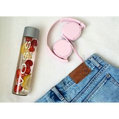 Pink SONY Headphones  via kruzycka on Instagram!