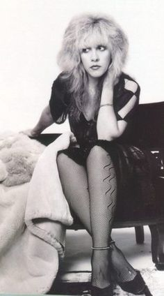 Photos of Stevie Nicks, one of the hottest girls in the entertainment industry. Stevie Nicks is an American icon. An American original. Stevie Nicks Pictures, She Is Broken, Stephanie Lynn, Stevie Nicks Fleetwood Mac, Stevie Nicks Rhiannon, Stevie Nicks Young, Famous Men, Famous People, American Singers