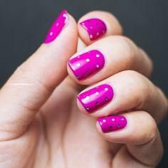 Magenta and Silver Glitter Dots | Petite Peinture #nail #nails #nailart #naildesign #sephoranailspotting #glitter #hotpink #dots #holiday @Julep