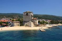 Griekenland vakantie: Ouranoupolis dorpje op het schiereiland Athos