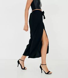 Calça Pantacourt com Amarração Preto Vestidos High Low, Ideias Fashion, Dresses, Black, Lady Like, Jacket, Gowns, Dress, Day Dresses