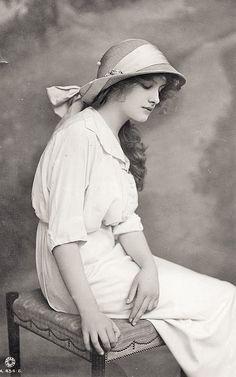 amzn.to ⊰ straw hat, edwardian lady vintage
