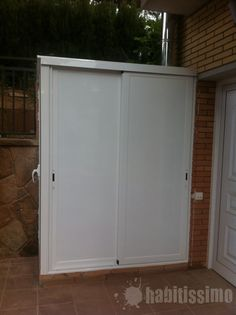 ARMARIOS ALUMINIO Washing Machine, Tall Cabinet Storage, Garage Doors, Shed, Exterior, Outdoor Structures, Random, Outdoor Decor, Furniture