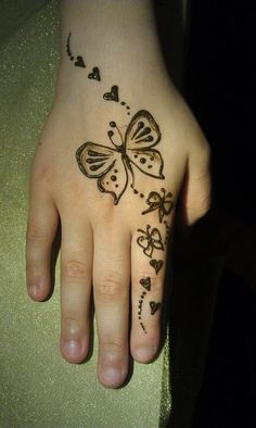 Henna Tattoo Designs Simple, Mehndi Designs For Kids, Finger Henna Designs, Mehndi Designs For Beginners, Unique Mehndi Designs, Mehndi Design Images, Mehndi Designs For Fingers, Beautiful Henna Designs, Henna Tattoo Hand