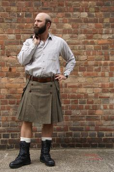 Beige Green Red Prince of Wales check city kilt