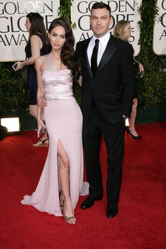 Celebrity fashions at the 2011 Golden Globe Awards
