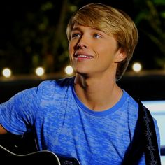 Sterling look better as. Poll Results - Sterling Knight as Christopher Wilde Starstruck Movie, Chad Dylan Cooper, Sterling Knight, Sonny With A Chance, Disney Channel Movies, Disney Movies, Old Disney, Cute Celebrities, Celebs
