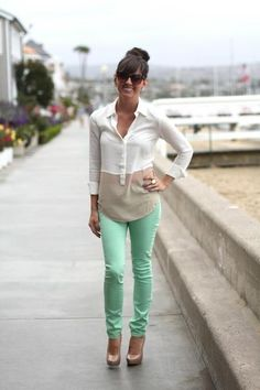 Mint jeans, cream and tan top. Sooo cute!!