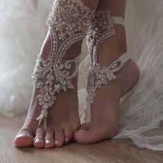 Champagne perles mariage de plage sandales aux pieds nus