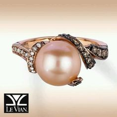 Le Vian. Love the shade of the pearl.