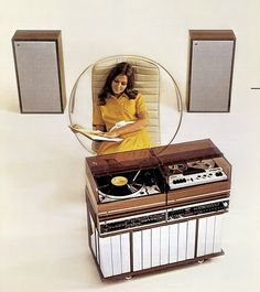 Bitchin' stereo with record player. Gotta have that record player.