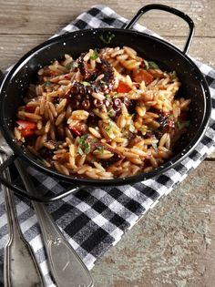 xtapodi kritharaki nik1 Greek Recipes, Types Of Food, Fish And Seafood, Macaroni And Cheese, Ethnic Recipes, Medicine, Meals, Drinks, Drinking