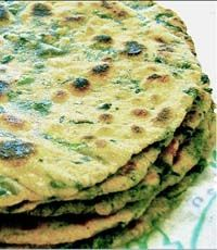 Lunch Recipes, Diet Recipes, Vegetarian Recipes, Healthy Recipes, Palak Paratha, Sin Gluten, Pita, Finger Foods, I Foods