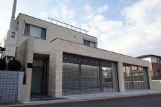 クローズエクステリア32(4台用のシャッターゲートを搭載した、ヘーベルハウスの豪華なクローズ外構)-施工例 wise 名古屋市名東区 Gate, Exterior, Mansions, House Styles, Gallery, Room, Gardening, Home Decor, Log Projects