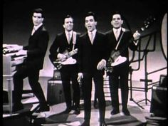 The Four Season & Frankie Valli hits live Sherry, Rag doll, Walk - Just saw the movie Jersey Boys - It was fantastic can't wait to see the Broadway show.