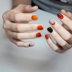 Ideal&Eazy % Beautiful Nails Unique Nails Ideas For The Spring Season Minimalist Nails, Cute Nail Art Designs, Fall Nail Designs, Lee Nails, Nail Prices, Champagne Nails, Nails Inspiration, Beauty Nails, Pretty Nails