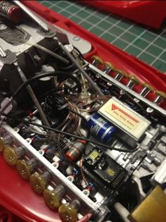 The famous Ferrari's 12 cylinders engine on the 312 Super. Ferrari World, Ferrari F1, Model Cars Kits, Kit Cars, Plastic Model Kits, Plastic Models, Ducati Supersport, Model Cars Building, Truck Scales