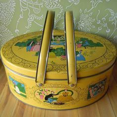 Vintage 1970 Sewing Box. Just randomly found this on Pinterest. I have this box in my basement.