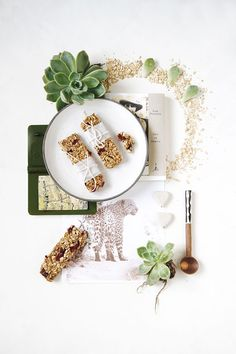 Healthy No Bake Cranberry Granola Bars - fantastic for an energy boost