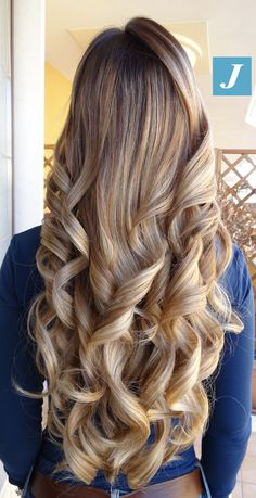 Il tuo Degradé Joelle! #cdj #degradejoelle #tagliopuntearia #degradé #igers #musthave #hair #hairstyle #haircolour #longhair #ootd #hairfashion #madeinitaly #wellastudionyc