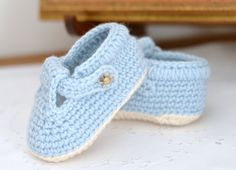 CROCHET PATTERN Baby Shoes with classic T-Bar for Baby Boys