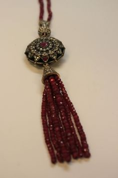 NEW Ruby Large Crown Tassel Necklace - Online GrandBazaar Diy Jewelry, Beaded Jewelry, Jewelry Box, Jewelry Ideas, Beaded Tassel Necklace, Diy Necklace, Necklaces, Tassel Curtains, Necklace Online